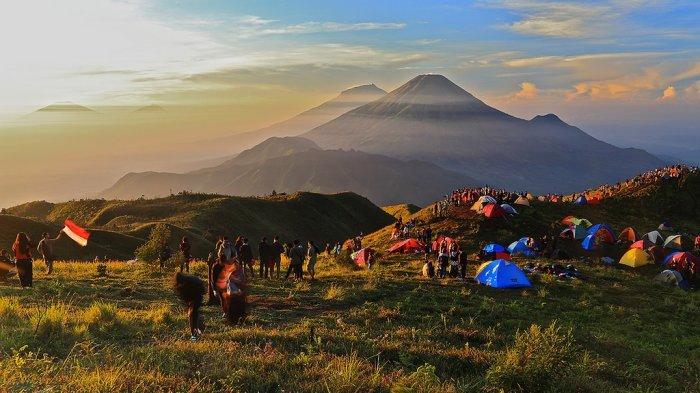 http://cdn2.tstatic.net/travel/foto/bank/images/gunung-prau_20170209_094627.jpg