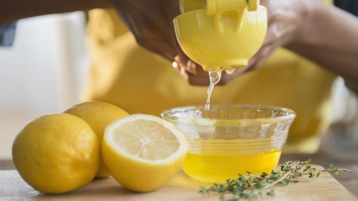 4 Manfaat Perasan Lemon Bagi Kesehatan
