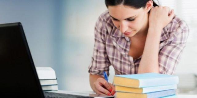 5 Pekerjaan Freelance Yang Sesuai Untuk Mahasiswa