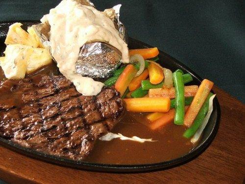 5 Rekomendasi Tempat Makan Dengan Menu Steak di Semarang