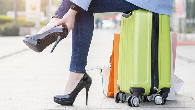 5 Trik Agar Tetap Nyaman Menggunakan Sepatu High Heels