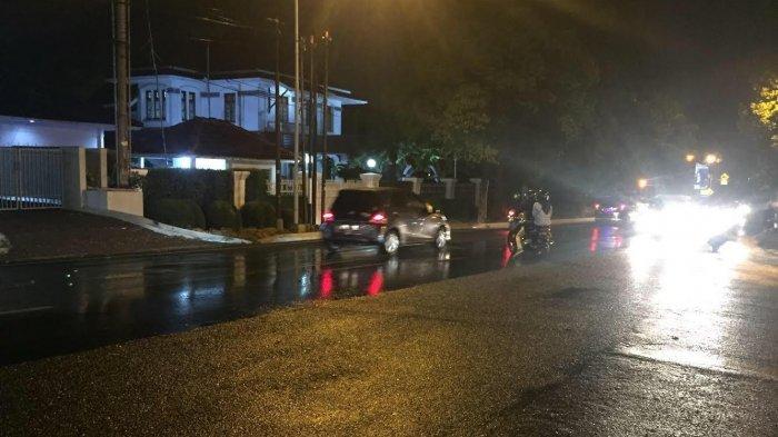 Hujan di Jalan Gajah mungkur Semarang