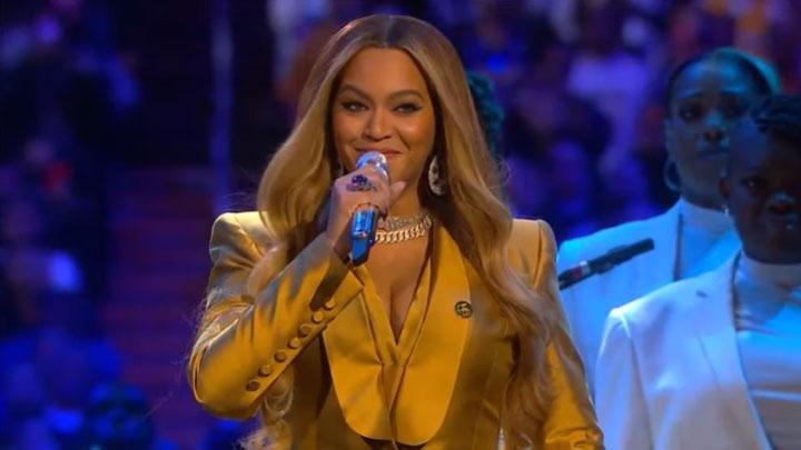 Beyonce Nyanyikan lagu favorit Kobe Bryant Saat Peringatan Terakhir