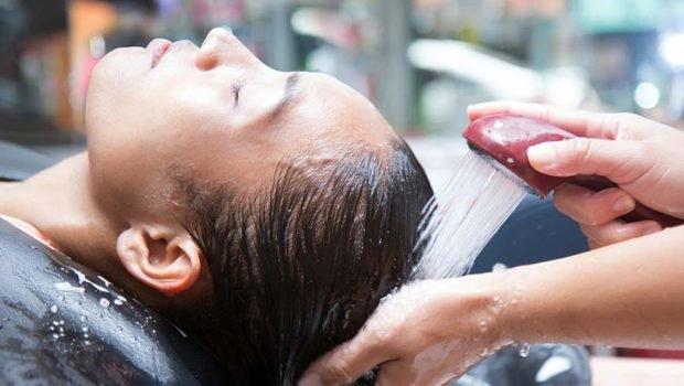 Cara Merawat Rambut Sesuai Jenisnya