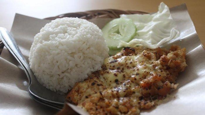 Cobain Menu Unik Ayam Geprek Mozzarella di Ayam Geprek Juara Semarang