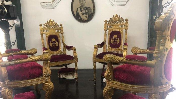 Demi Konten di Medsos, Ibu-ibu Jatuh dan Rusak Meja Marmer Peninggalan Sri Sultan HB VIII