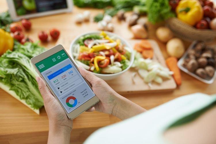 Diet Rendah Lemak dan Rendah Karbohidrat, Mana Lebih Efektif?