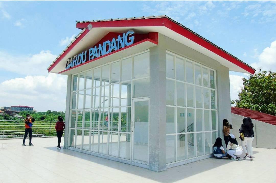 Gardu pandang waduk pendidikan Universitas Diponegoro
