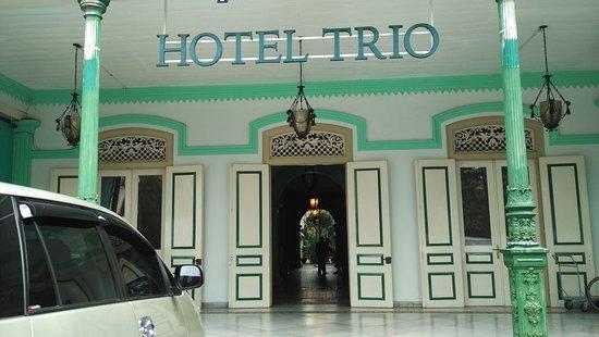 Hotel Trio Solo Peninggalan Belanda