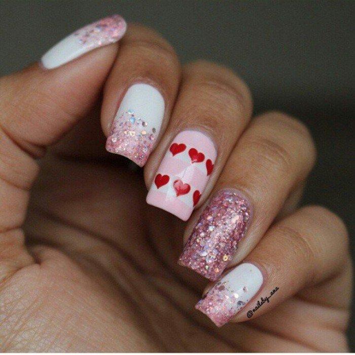 Ini Dia Inspirasi Nail Art di Hari Valentine, Yuk Buruan Hias Kukumu