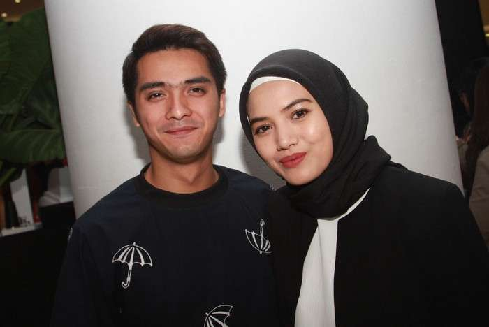 Istri Ricky Harun Ingin Memakai Hijab Setelah Ngalamin Kejadian Ini