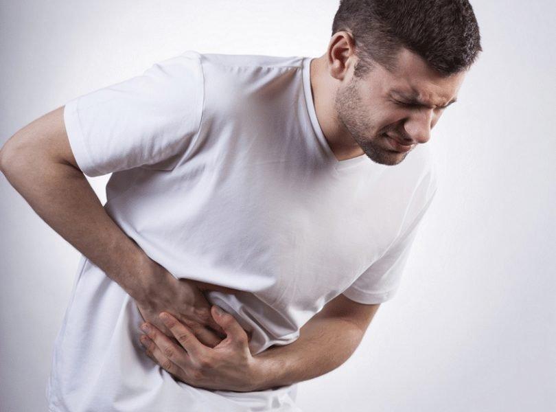 kenali gejala usus buntu dari sakit perut