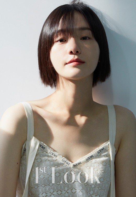 Karisma Park Kyu Young dalam Pemotretan 1st Look Magazine