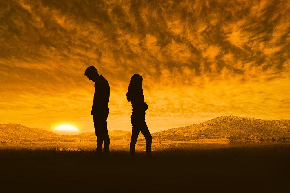 Kiat Memperbaiki Komunikasi yang Buruk dengan Pasangan