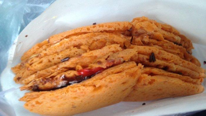 Kuliner Semarang - Ini Dia Perbedaan Terang Bulan Dengan Martabak Manis di Semarang