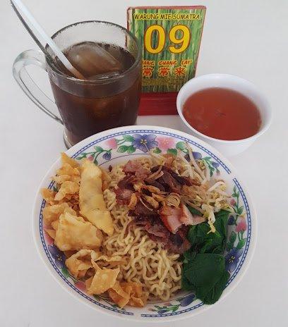 Kuliner Semarang - Maknyusss!!! Para Pecinta Kuliner Non Halal ini Wajib Dicoba