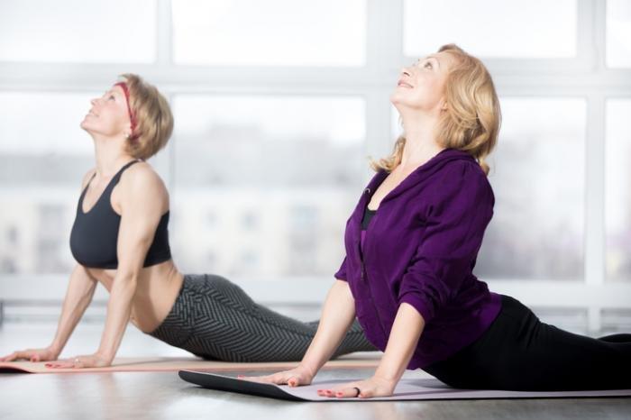 Kurangi Stres dengan Olahraga Yoga