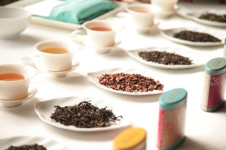 Mencicipi Teh Yang Diracik Dengan Mesin Espresso
