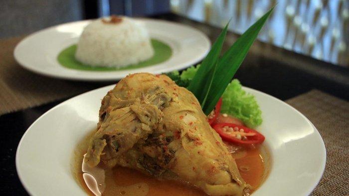 Menu Baru, Ayam Betutu di Hotel Louis Kienne Simpanglima Semarang