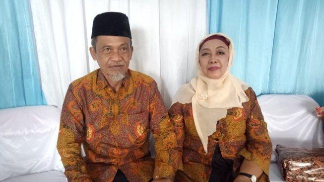 Terpisah 51 tahun, Haryadi akhirnya bisa nikahi Titin Widyatmi yang juga teman saat SD.