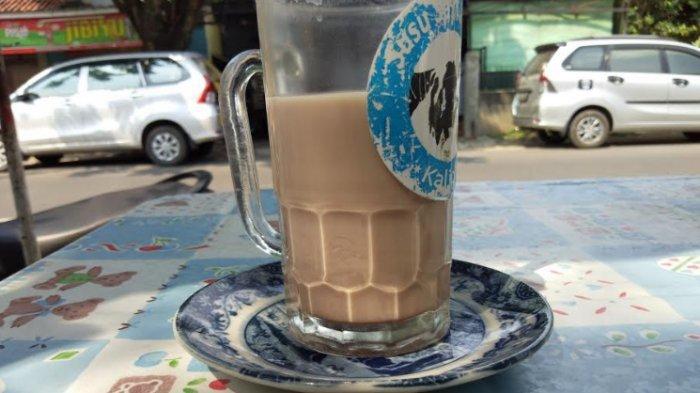 Kalau Lagi Nggak Mood Sarapan, Silakan Coba Minum Susu Murni di Sini di Jalan Hayam Wuruk Pleburan Kota Semarang