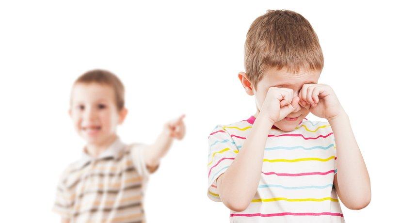 Orang Tua Wajib Tahu, Berikut Tips Atasi Masalah Kecemburuan Pada Anak