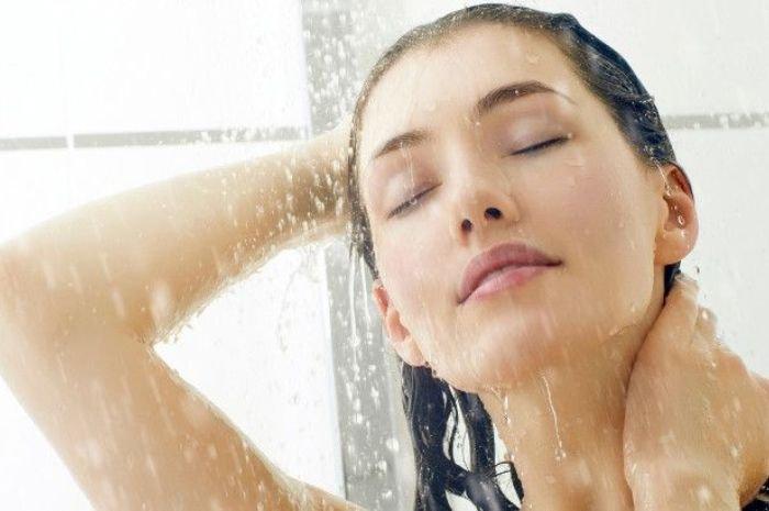Penting! Kenali Manfaat Mandi Air Dingin di Pagi hari!
