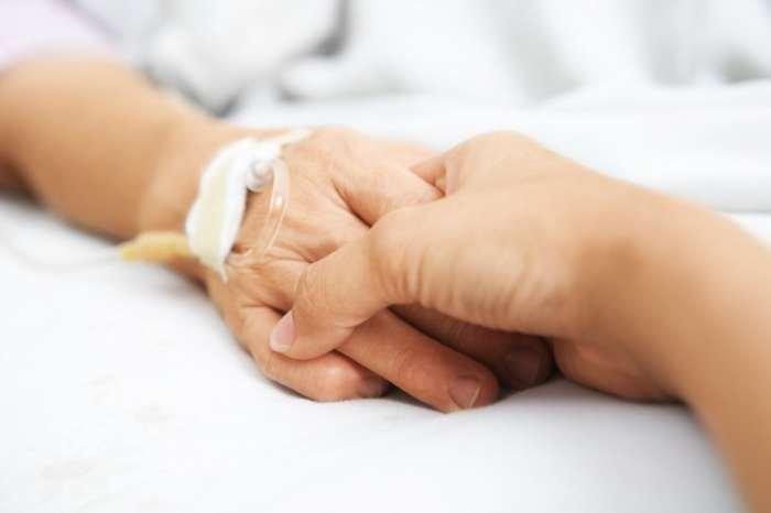 Pentingnya Bergandeng Tangan dapat Meringankan Rasa Sakit