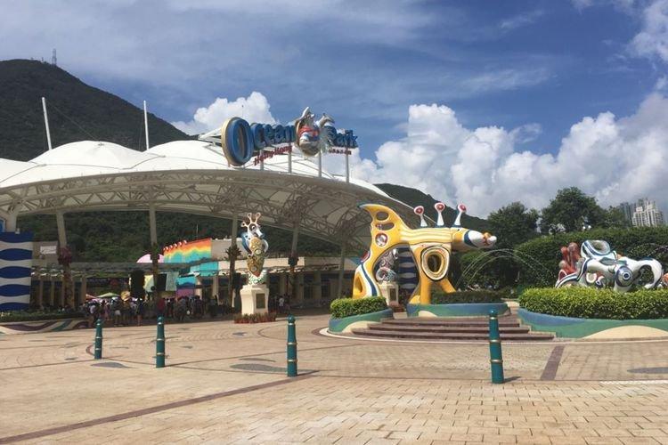 Pertama Kali Mengunjungi Ocean Park Hongkong, Simak Tips Berikut.