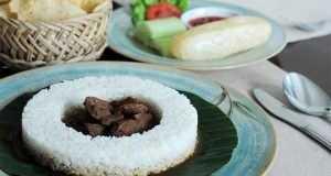 Resto Roemahkoe di Solo Sediakan Makanan dengan Resep Kerajaan
