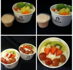 Salad buah dan salad sayur