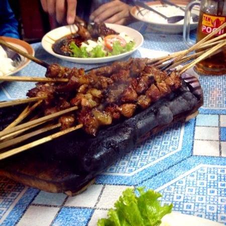 Sate Blotongan, Kuliner Sate Asal Salatiga yang Menggugah Selera