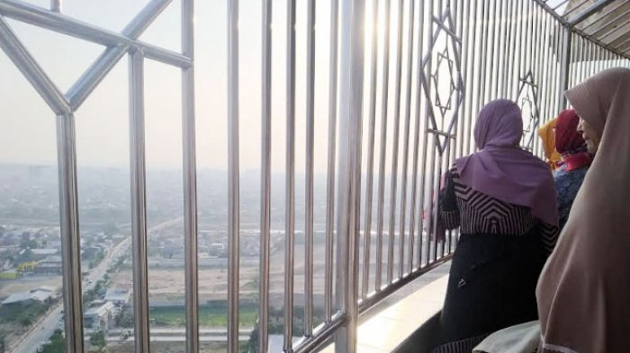 Semenanjung Semarang Dari Menara MAJT