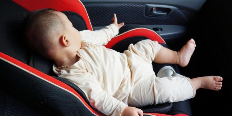 Anak Bayi Dalam Mobil