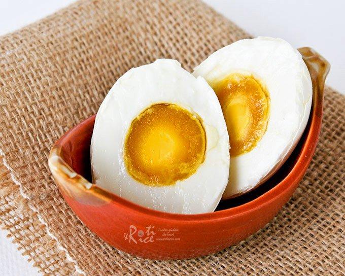 Suka Makan Salted Egg? Hati-hati, Kolesterolnya Tiga Kali Lipat Telur Ayam!