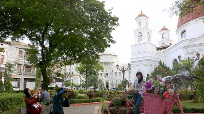 Taman Srigunting Tetap Ramai, Walau Dalam Tahap Revitalisasi