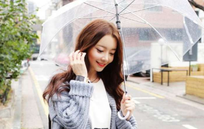 Tips Makeup Saat Musim Hujan