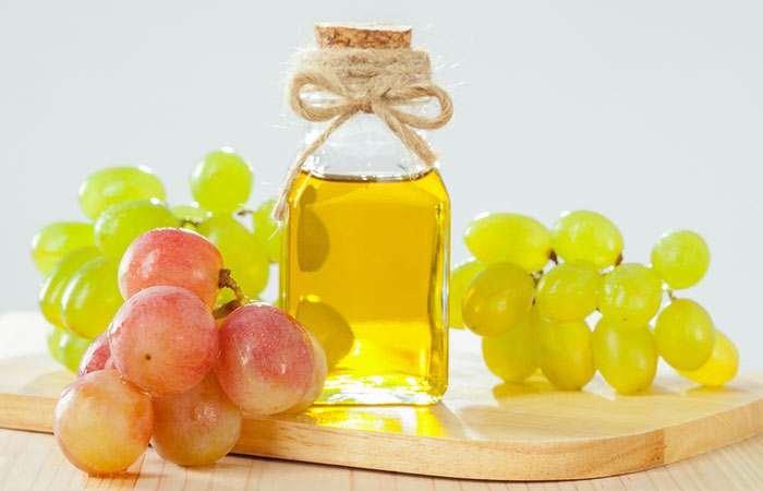 Tips Membersihkan Makeup dengan Grapeseed Oil