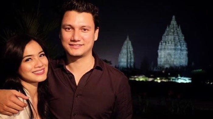 Unggah Foto Lama Di Akun Instagram, Begini Komentar Netizen Untuk Christian Sugiono dan Titi Kamal