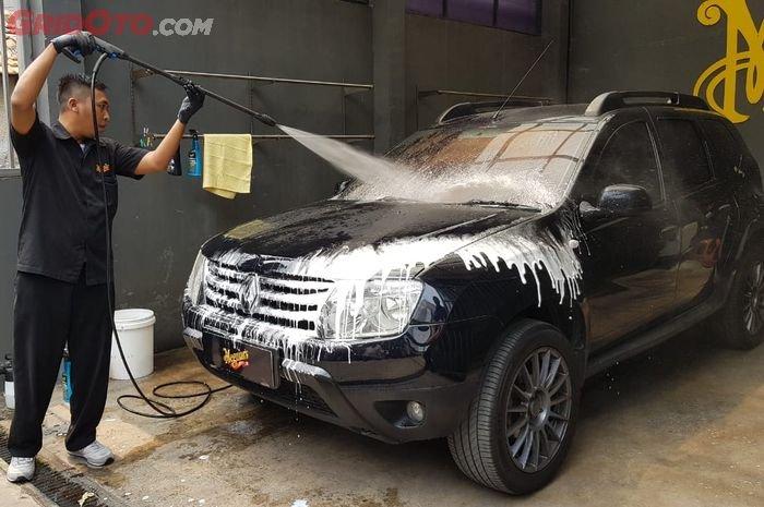 Wajib Jaga Kebersihan Bodi Mobil Saat Cuaca Panas, Ini Alasannya