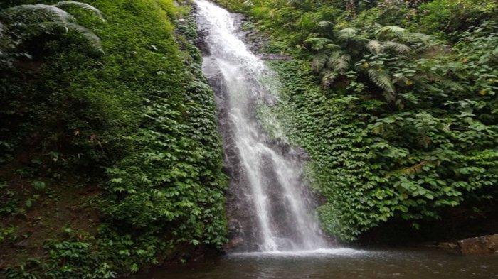 Belum Dijamah Wisatawan dan Wajib Dikunjungi Curug Si Kumbang di Kabupaten Batang