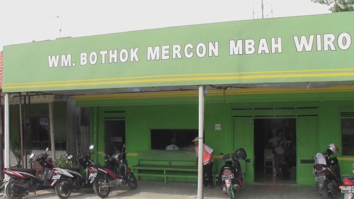 Warung Bothok Mercon Mbah Wiro di Sragen, Cocok bagi Pecinta Kuliner Pedas