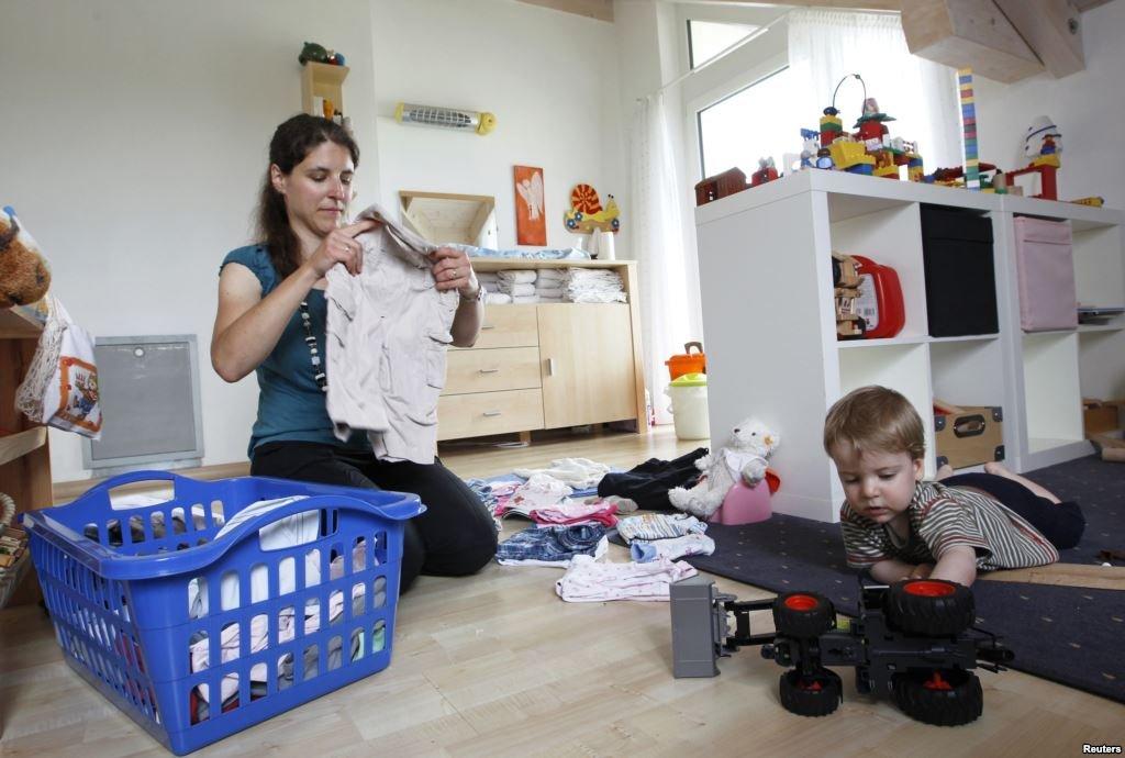 Wow! Ibu Rumah Tangga Lebih Mudah Stres Dibandingkan Orang Bekerja